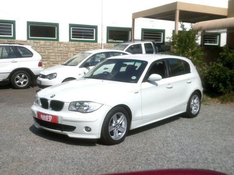 BMW 1 series 120i 2006 photo - 6