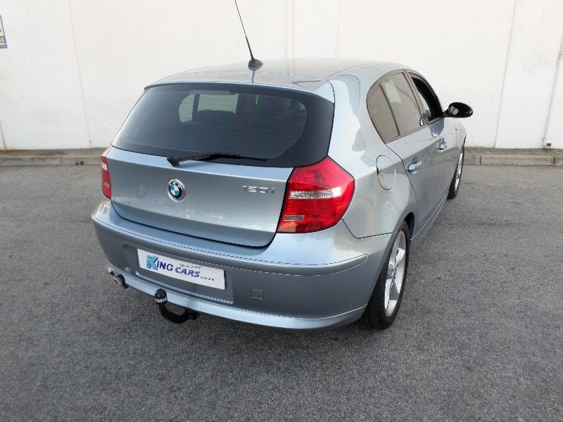 BMW 1 series 120i 2010 photo - 10