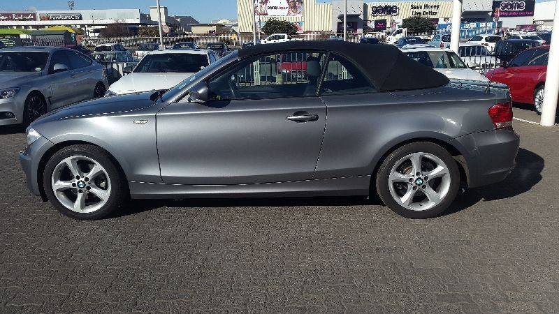 BMW 1 series 120i 2010 photo - 12