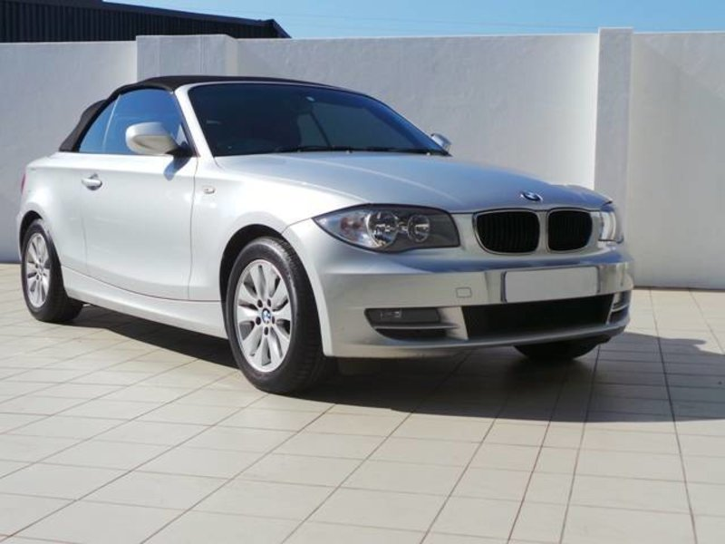 BMW 1 series 120i 2010 photo - 5