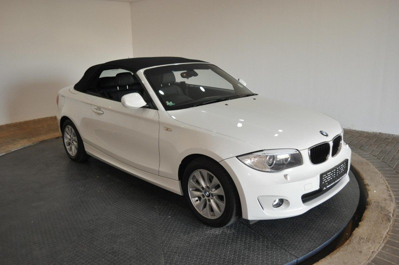 BMW 1 series 120i 2012 photo - 6