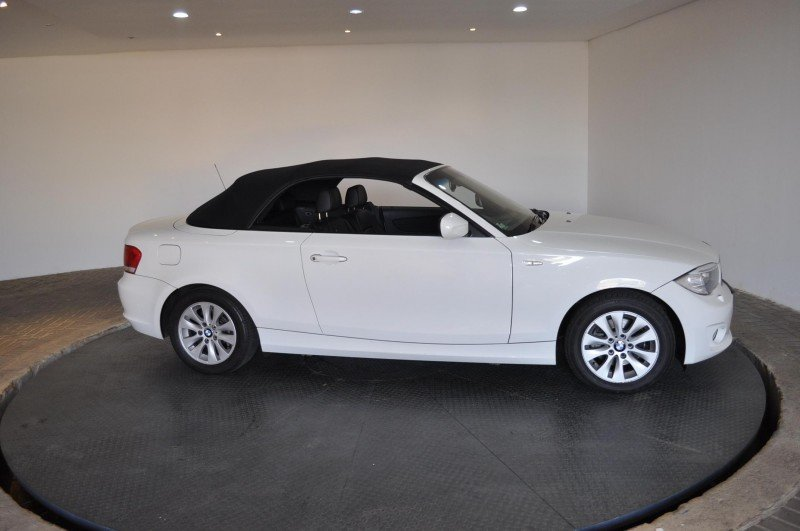BMW 1 series 120i 2012 photo - 7