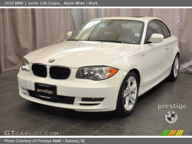 BMW 1 series 128i 2010 photo - 12
