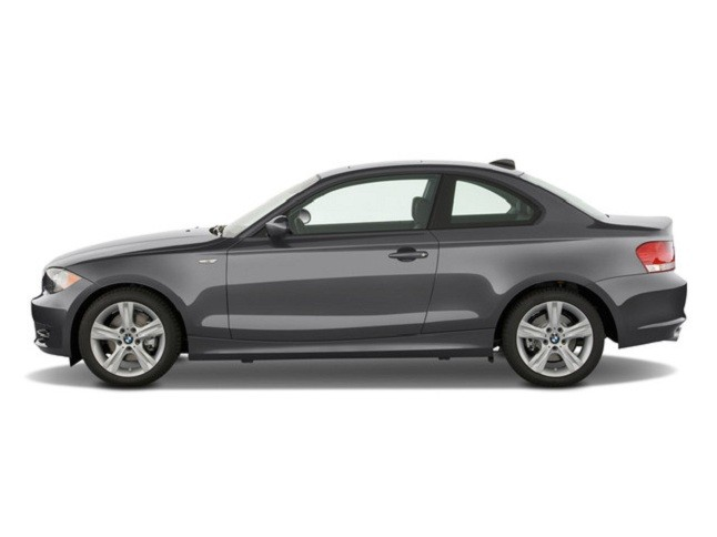 BMW 1 series 128i 2010 photo - 3