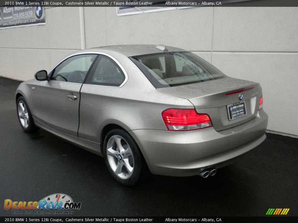 BMW 1 series 128i 2010 photo - 5