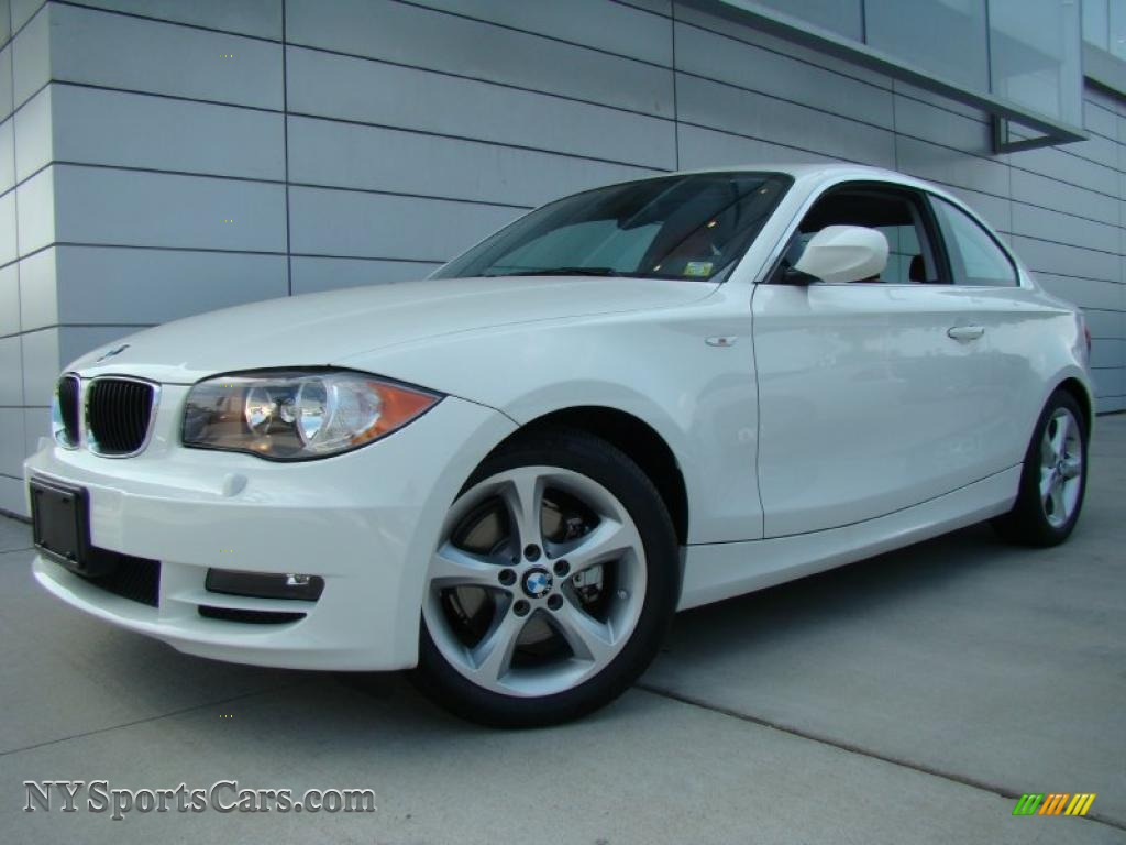 BMW 1 series 128i 2010 photo - 6