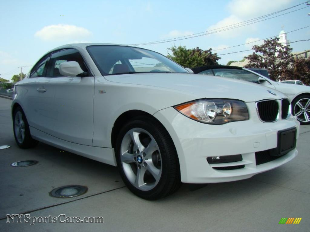BMW 1 series 128i 2010 photo - 8