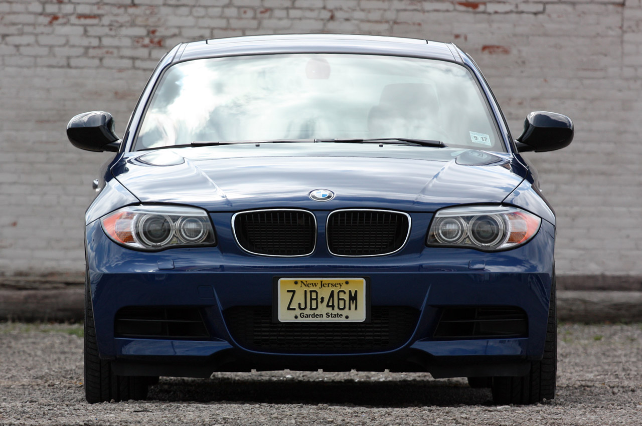 BMW 1 series 135is 2011 photo - 3