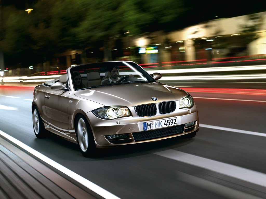 BMW 1 series 135is 2011 photo - 6
