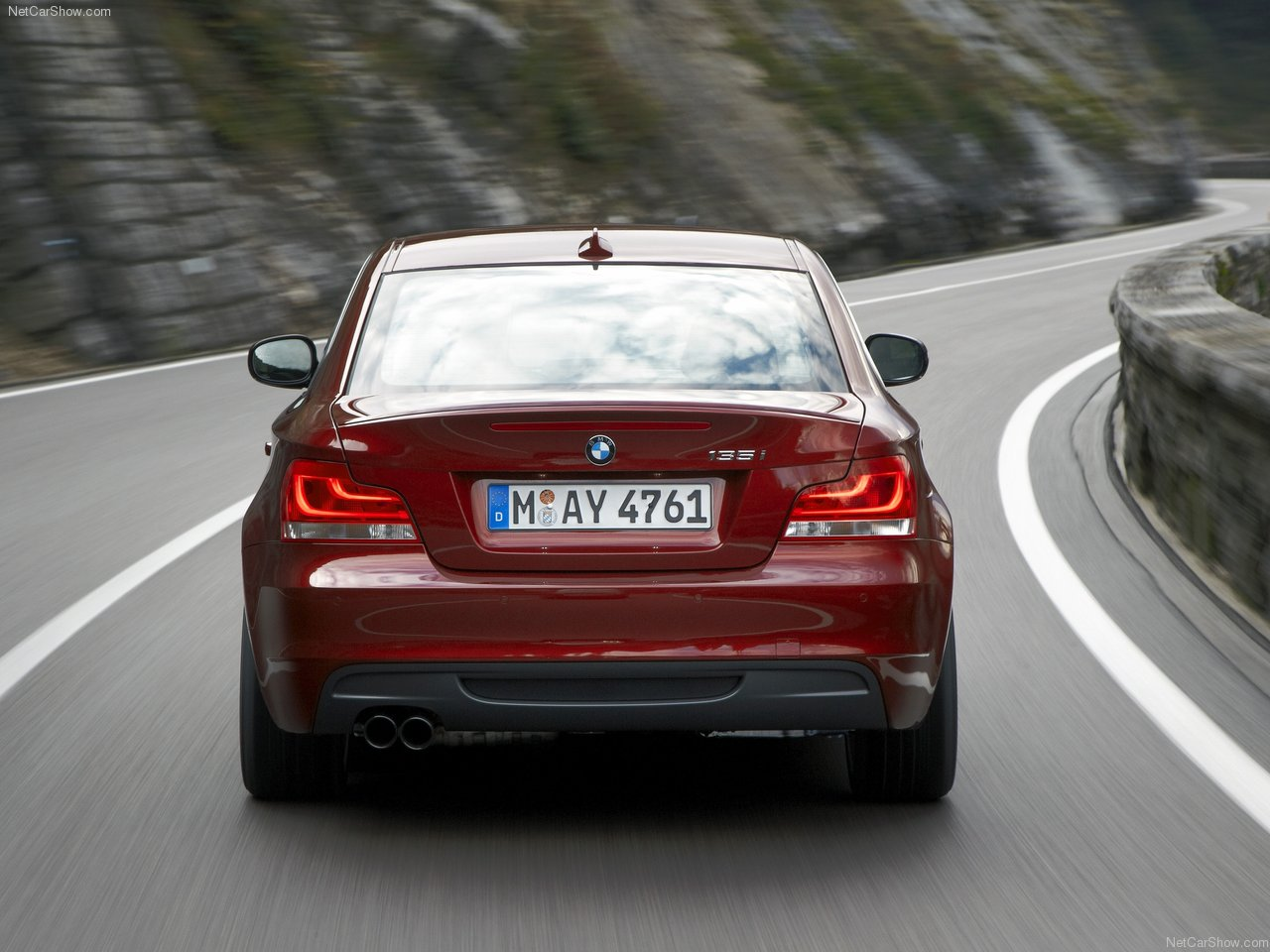 BMW 1 series 135is 2012 photo - 9