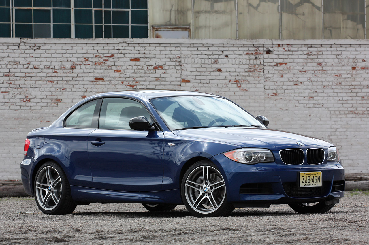BMW 1 series 135is 2013 photo - 9