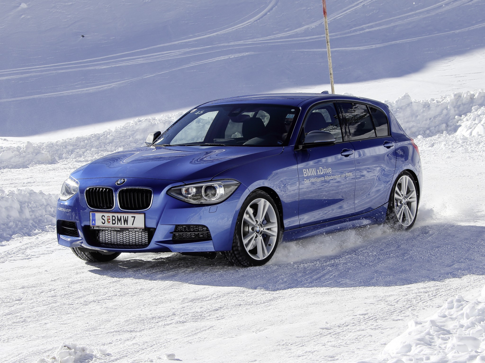 BMW 1 series M135i 2012 photo - 11
