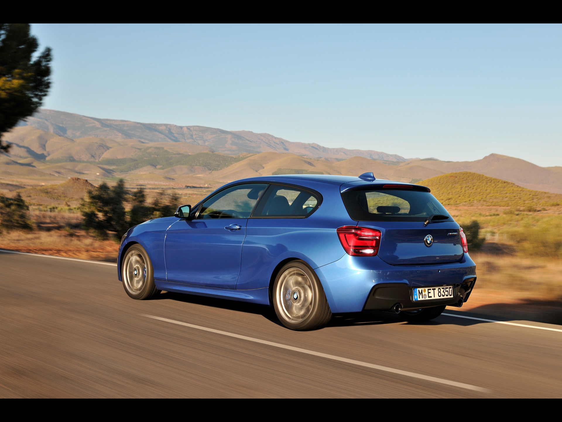 BMW 1 series M135i 2012 photo - 9