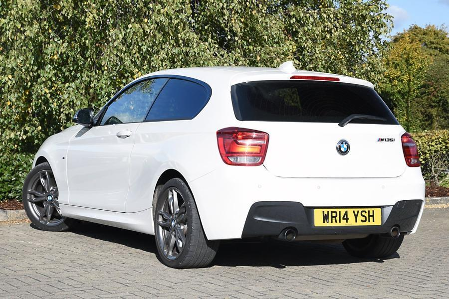 BMW 1 series M135i 2014 photo - 2