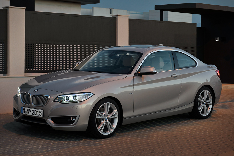 BMW 2 series 220d 2013 photo - 10
