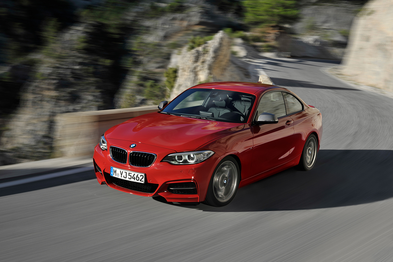 BMW 2 series 220d 2013 photo - 3