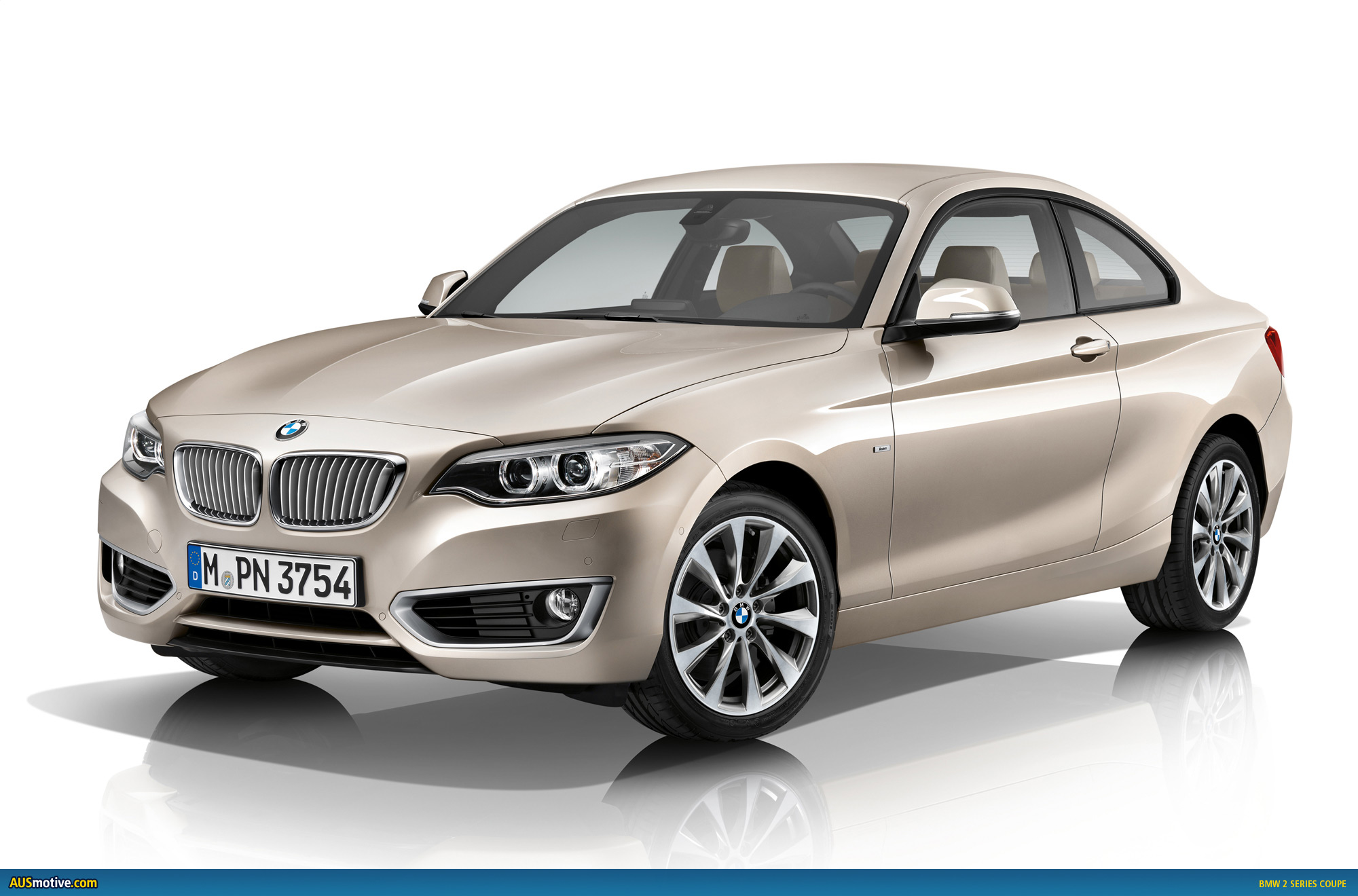 BMW 2 series 220d 2013 photo - 6