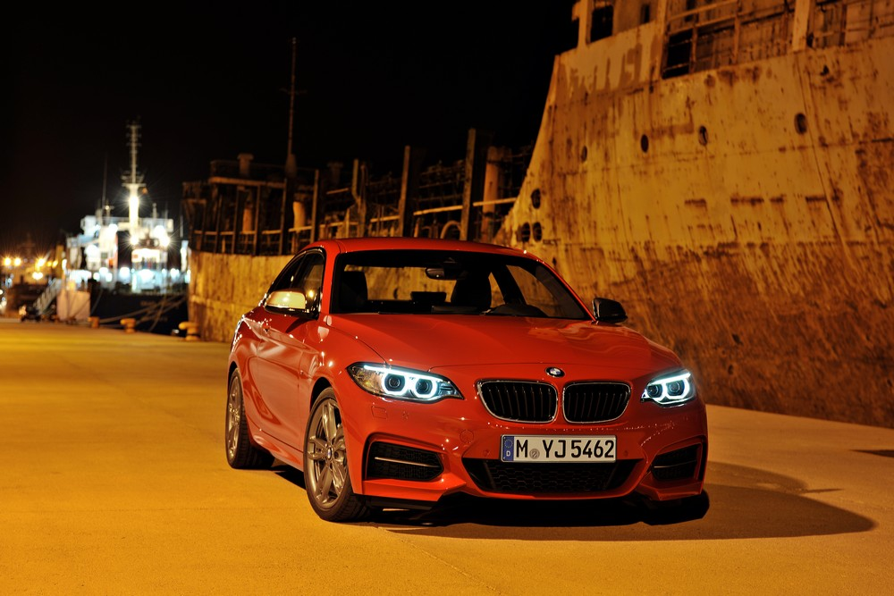 BMW 2 series 220d 2013 photo - 9