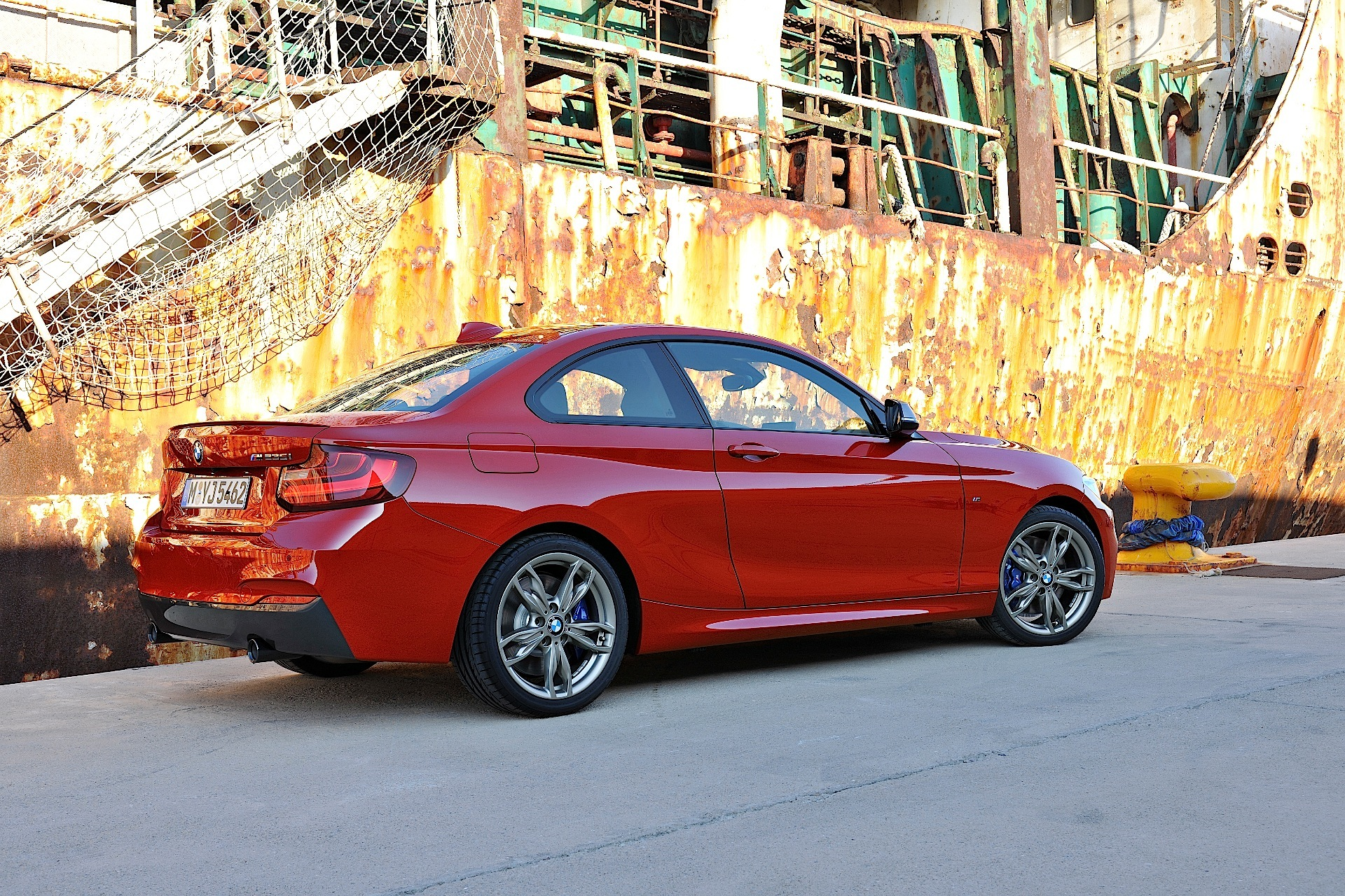 BMW 2 series 228i 2013 photo - 11