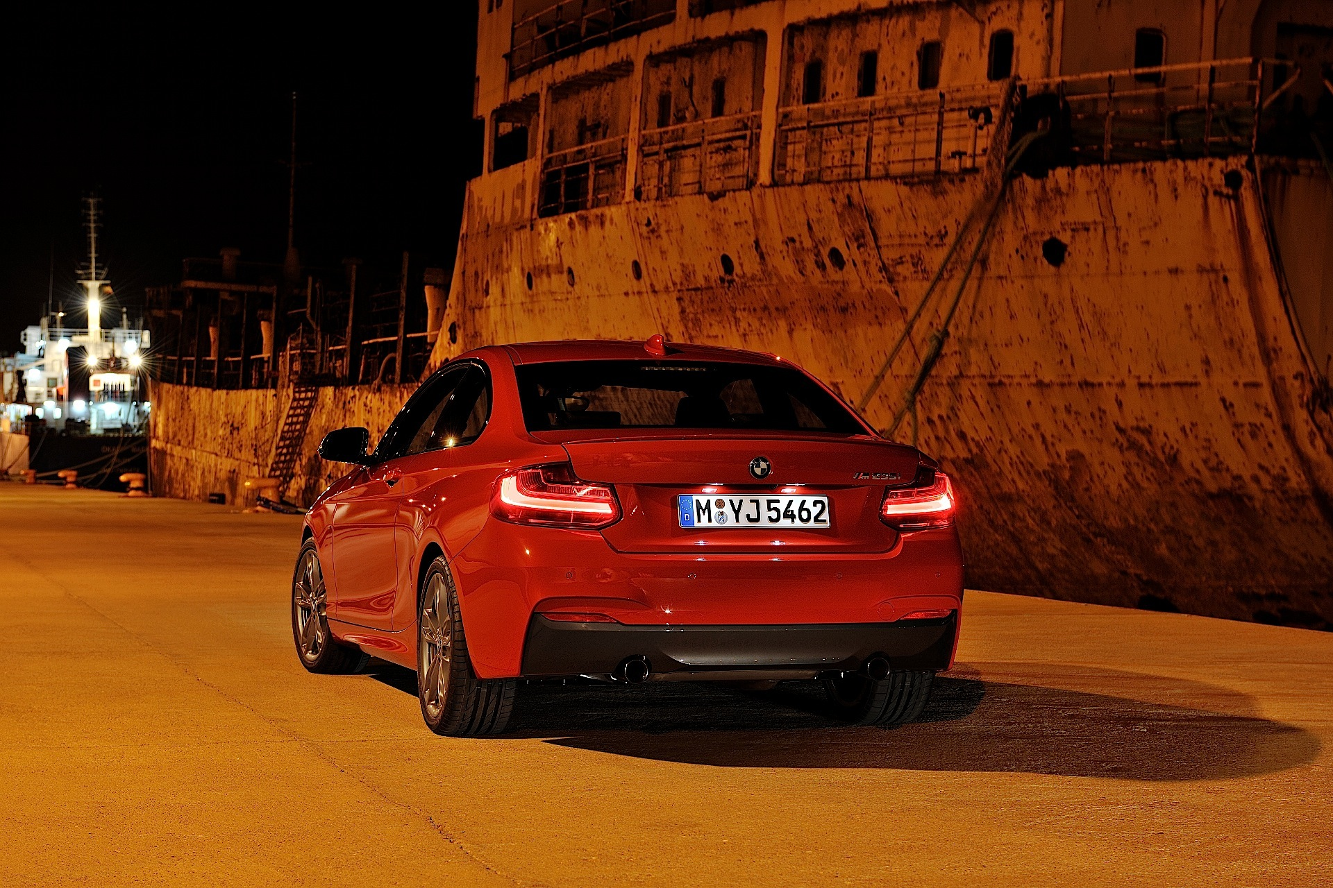 BMW 2 series 228i 2013 photo - 8
