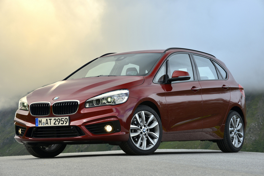 BMW 2 series Active Tourer 216d 2014 photo - 10