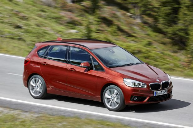 BMW 2 series Active Tourer 216d 2014 photo - 12