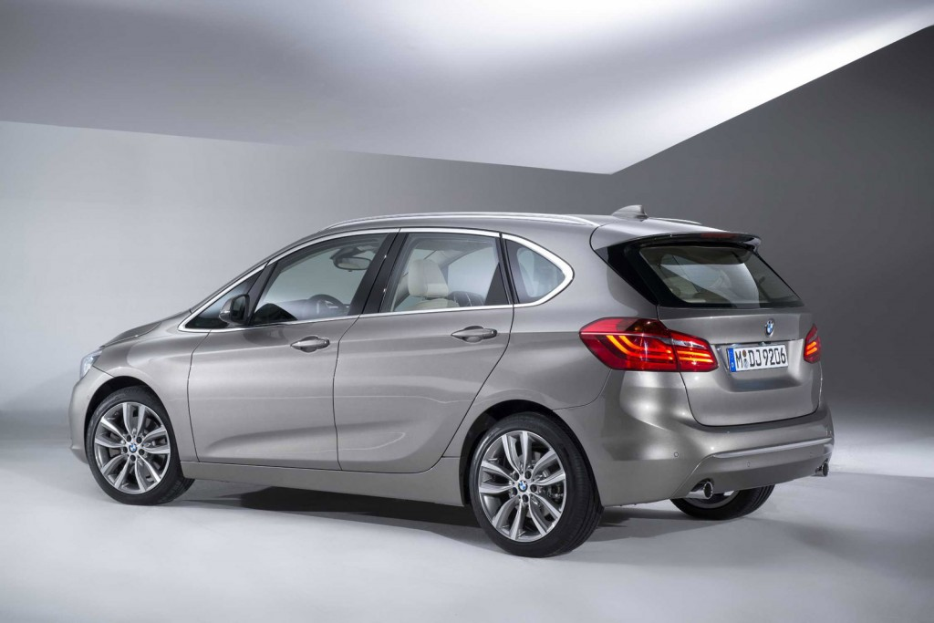 BMW 2 series Active Tourer 216d 2014 photo - 3