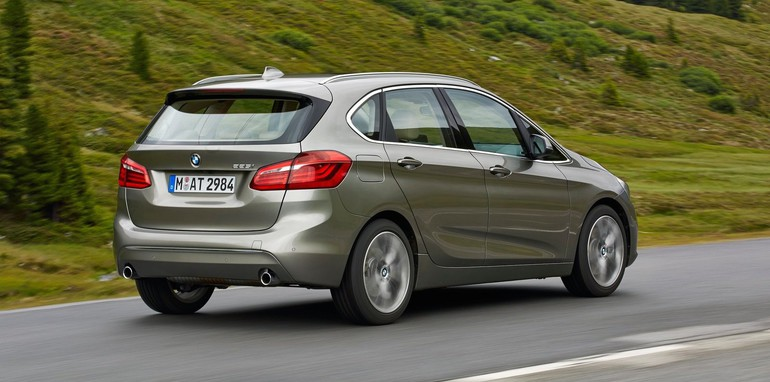BMW 2 series Active Tourer 216d 2014 photo - 5