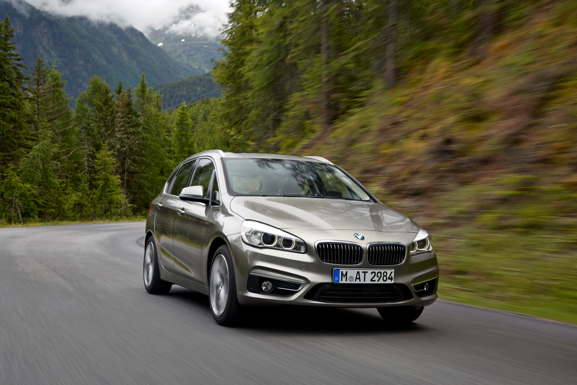 BMW 2 series Active Tourer 216d 2014 photo - 7