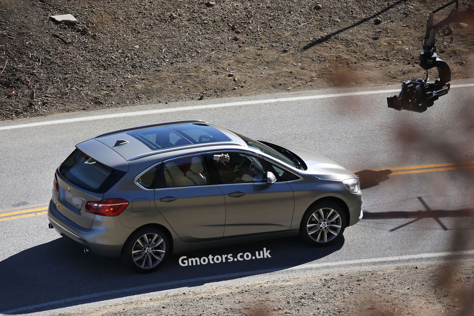 BMW 2 series Active Tourer 218i 2014 photo - 10