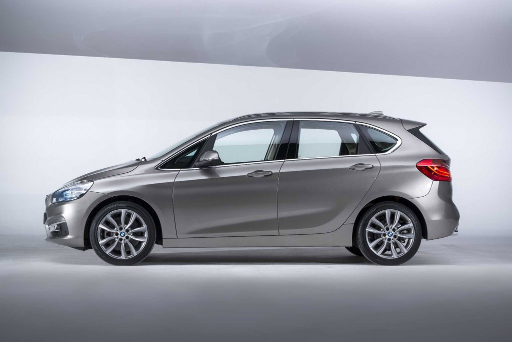 BMW 2 series Active Tourer 218i 2014 photo - 11
