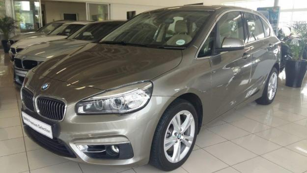 BMW 2 series Active Tourer 218i 2014 photo - 3