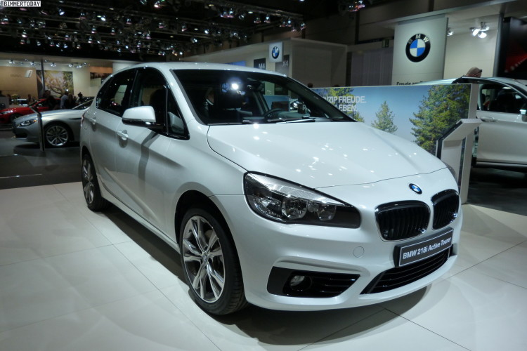 BMW 2 series Active Tourer 218i 2014 photo - 4