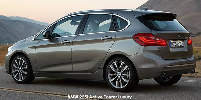 BMW 2 series Active Tourer 220i 2014 photo - 5