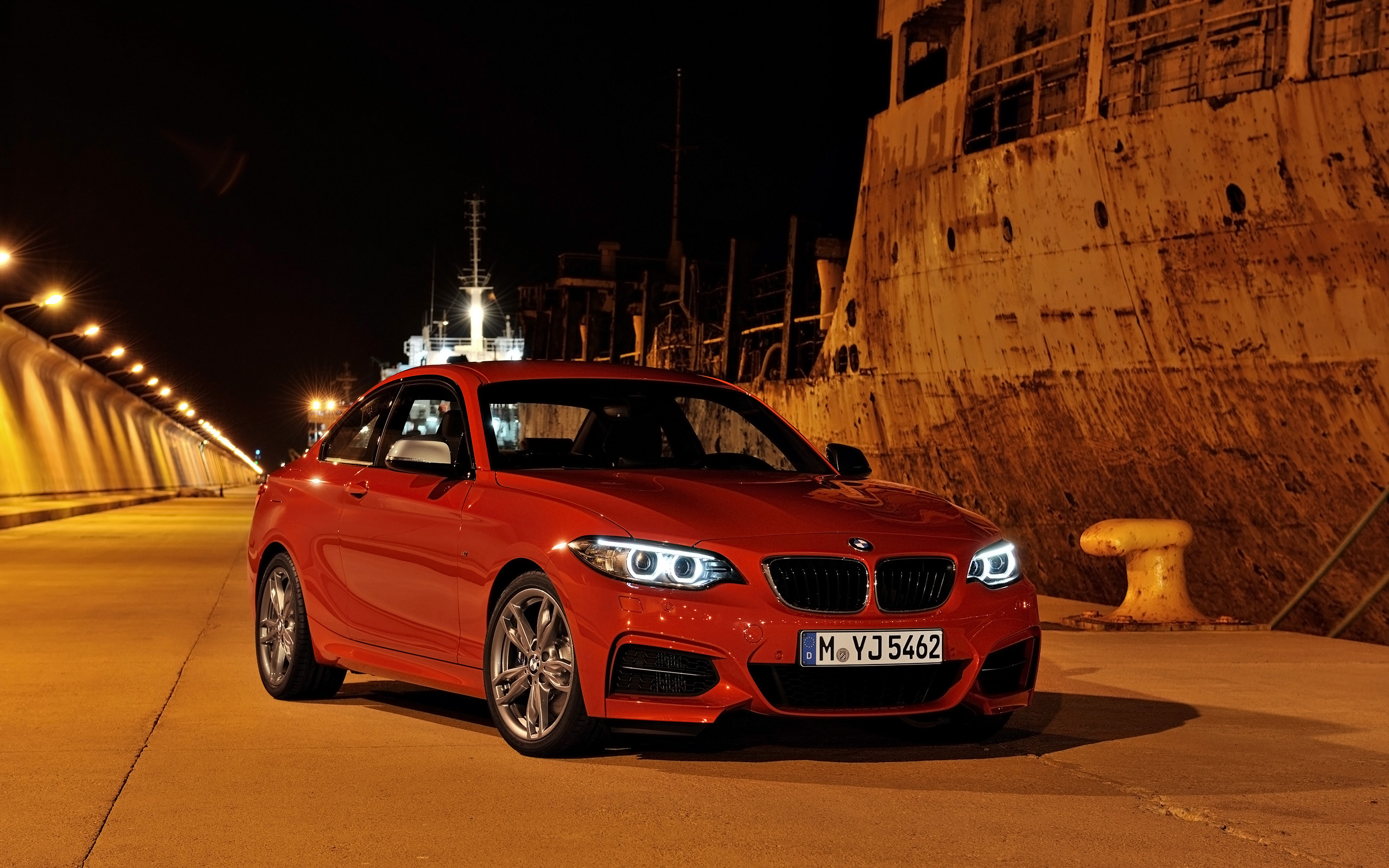 BMW 2 series M235i 2014 photo - 10