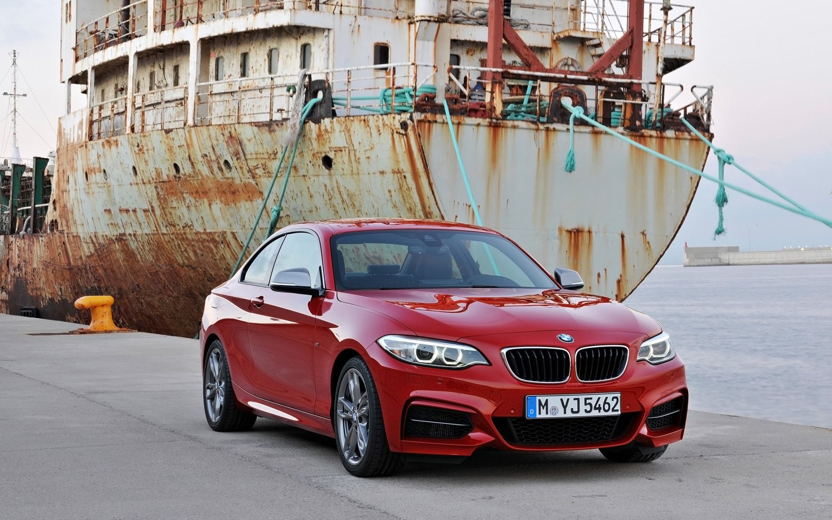 BMW 2 series M235i 2014 photo - 12
