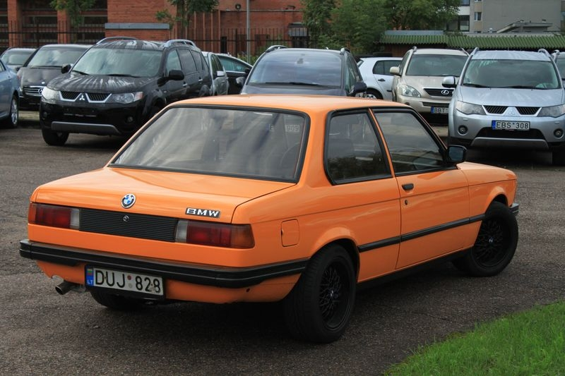 BMW 3 series 315 1981 photo - 1