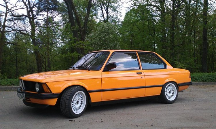 BMW 3 series 315 1981 photo - 11