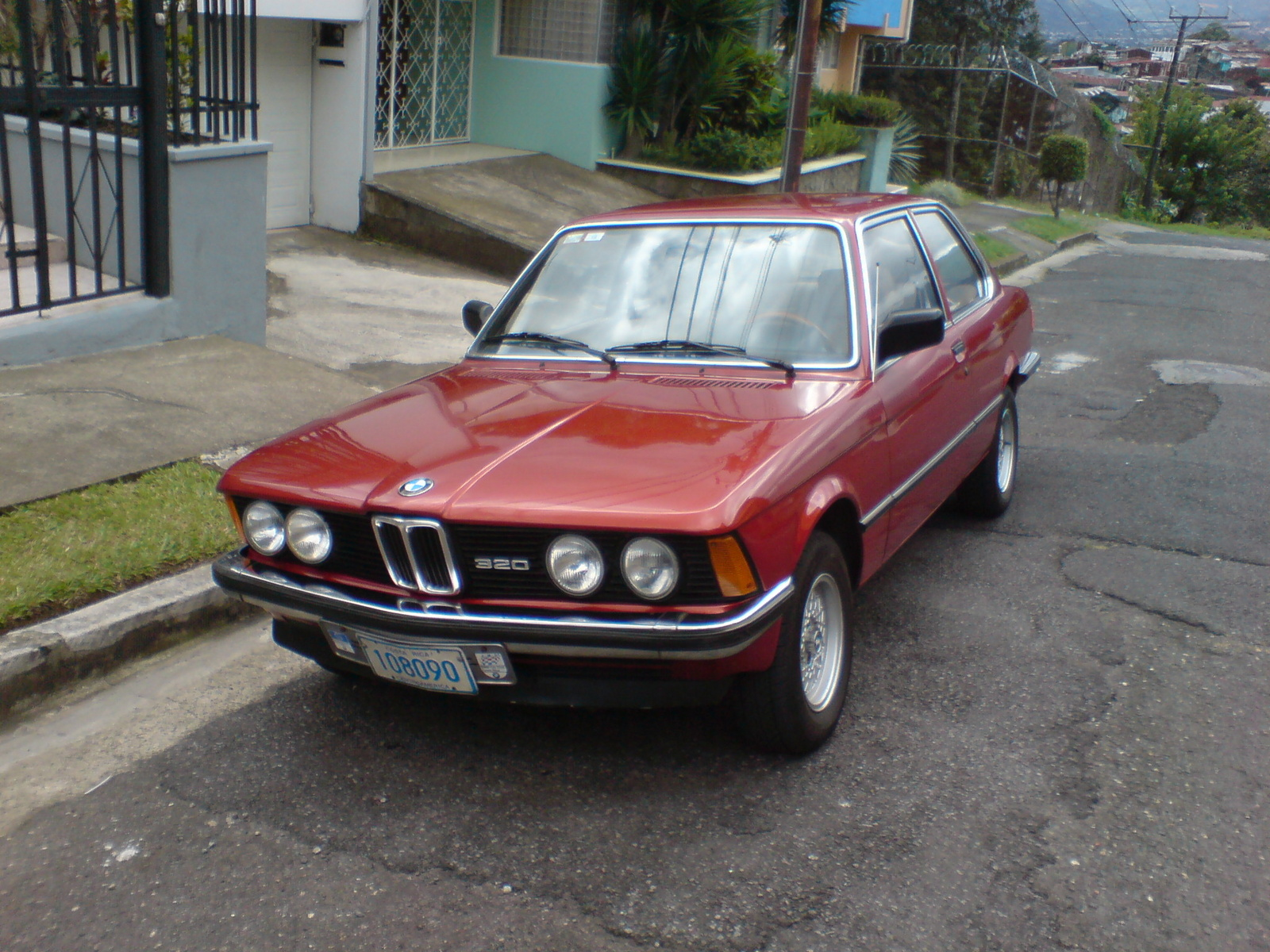 BMW 3 series 315 1981 photo - 6