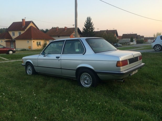 BMW 3 series 315 1981 photo - 9
