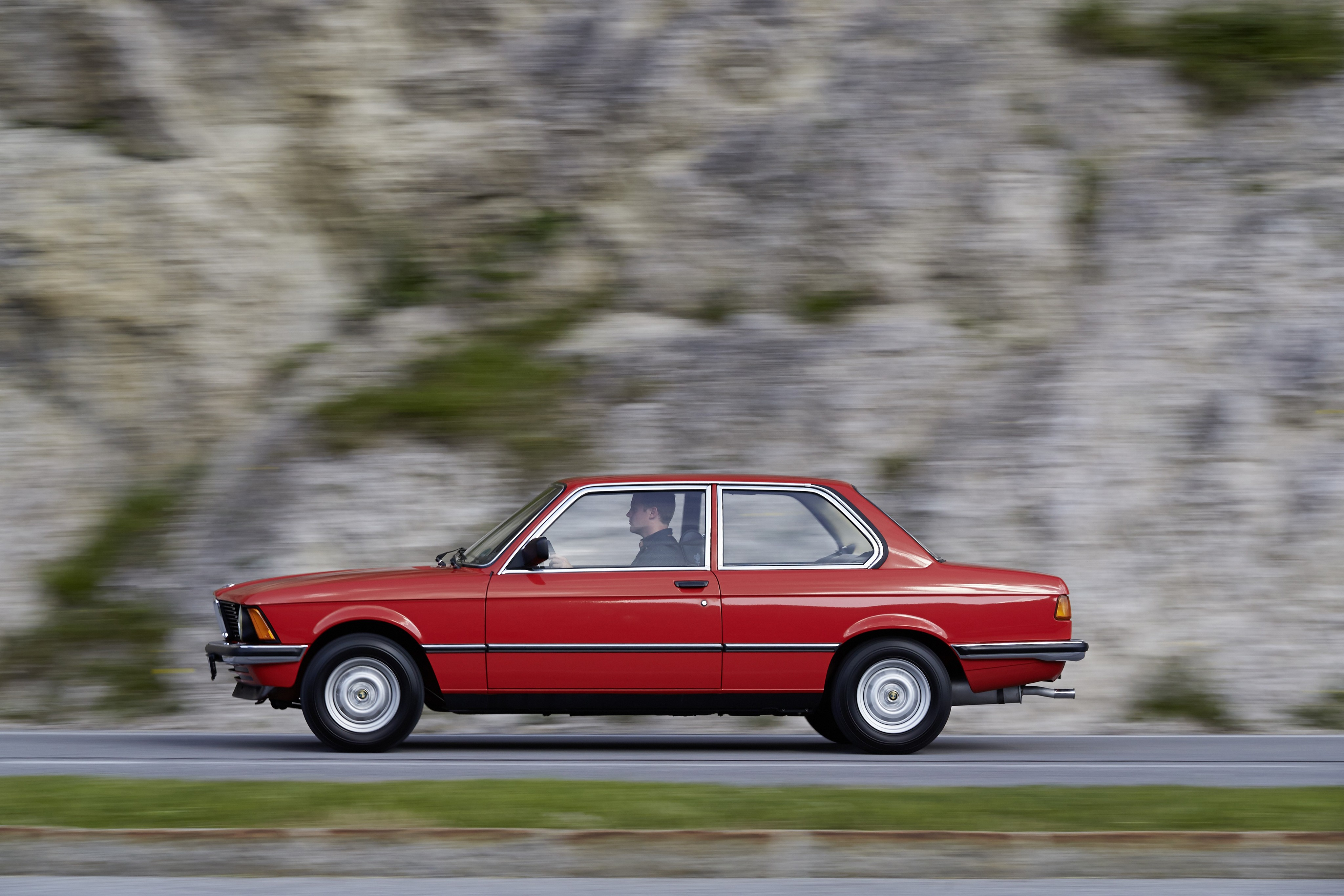 BMW 3 series 316 1979 photo - 12