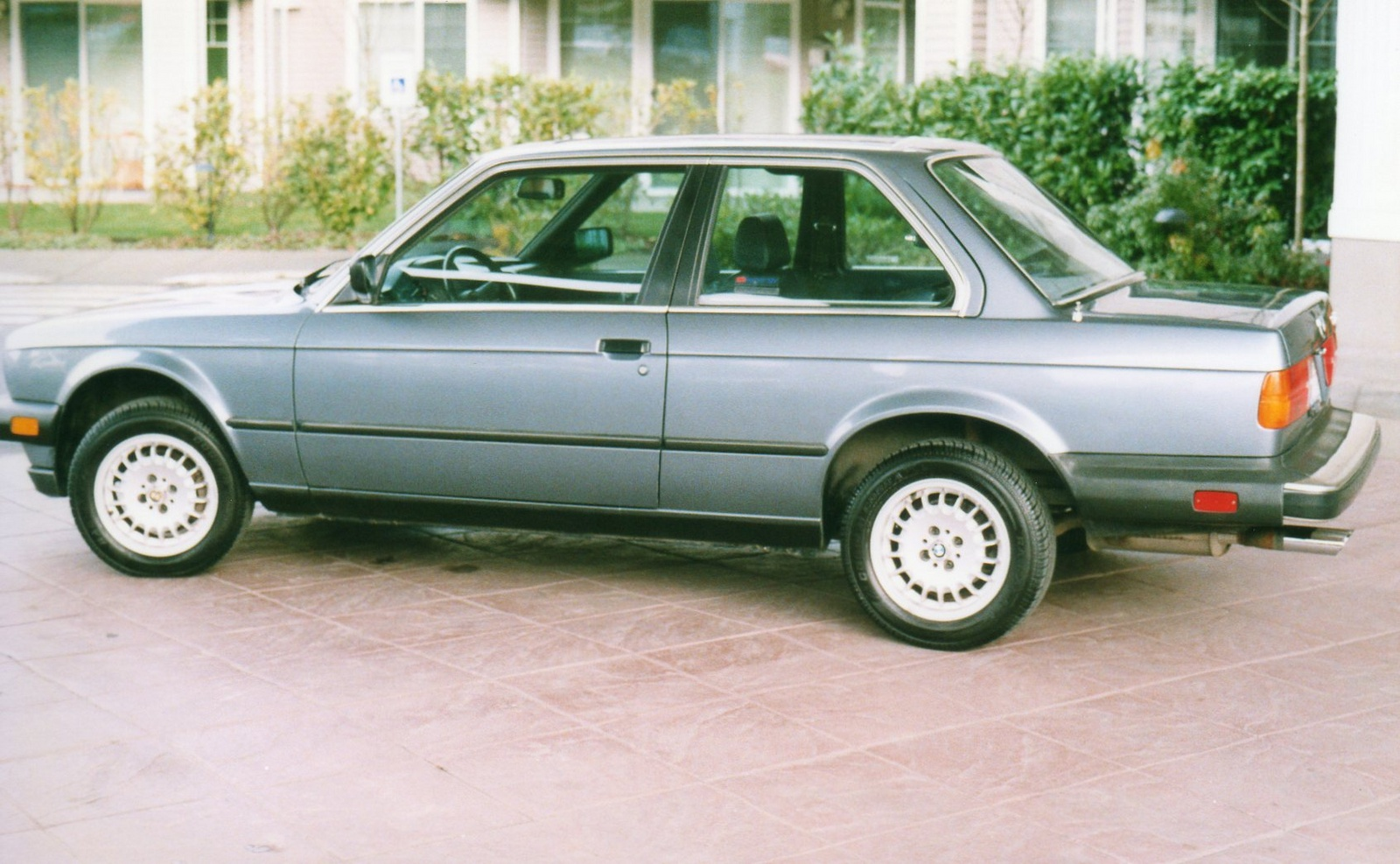 BMW 3 series 316 1984 photo - 1