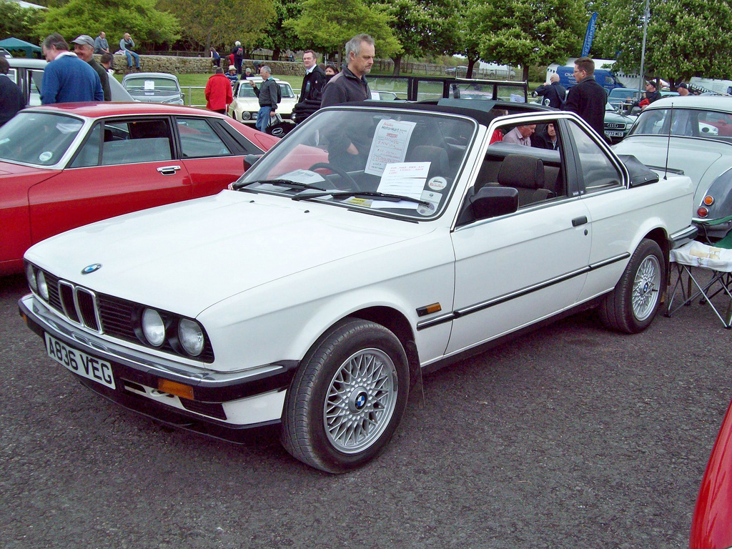 BMW 3 series 316 1984 photo - 4