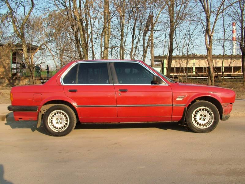 BMW 3 series 316 1985 photo - 3