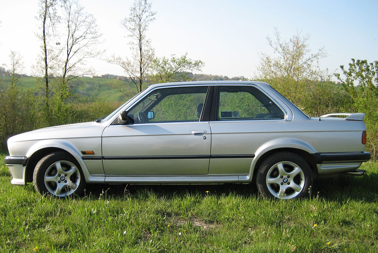 BMW 3 series 316 1985 photo - 8