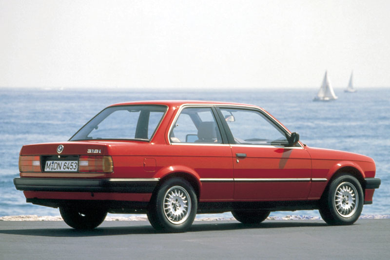 BMW 3 series 316 1988 photo - 11