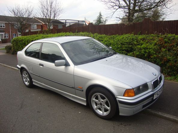 BMW 3 series 316 1990 photo - 4