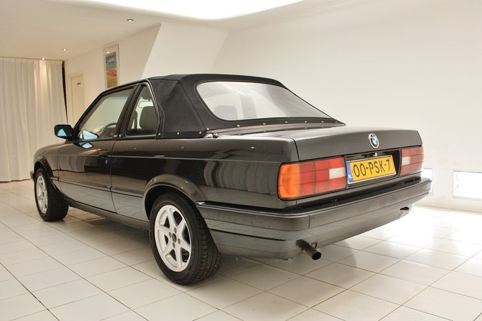 BMW 3 series 316 1990 photo - 6