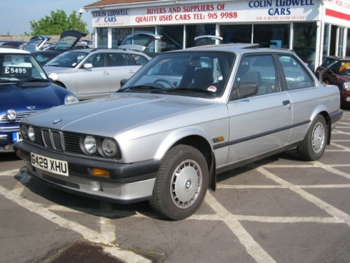 BMW 3 series 316 1990 photo - 8