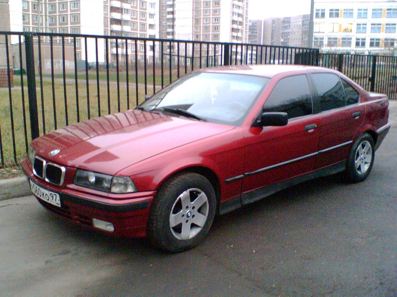 BMW 3 series 316 1992 photo - 3